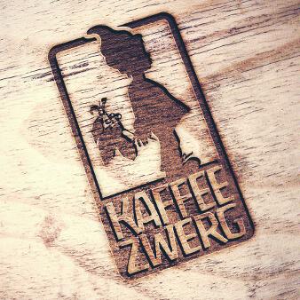 Kaffee Zwerg Logo Emblem Design