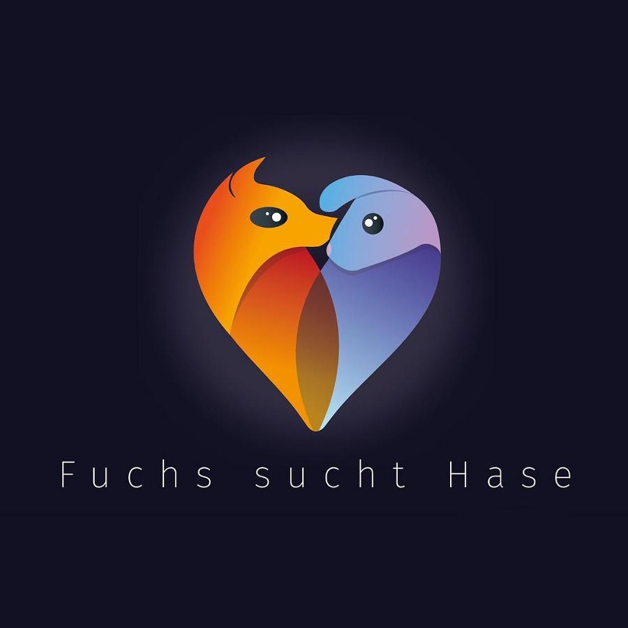 Logo-Design für Fuchs sucht Hase
